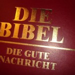 Gegen hoffnungslose Tage in der Bibel anlesen